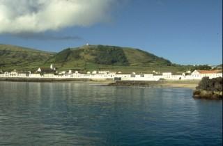Praia e cone da Nossa Senhora da Ajuda